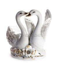 Два лебедя (фарфор) 10*7*10 см. KL-776