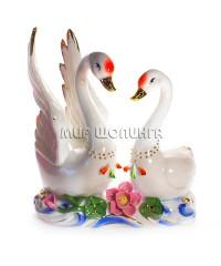 Два лебедя (фарфор) 19*8*17 см. KL-317