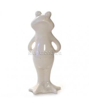 Лягушка белая (фарфор) 13,5*5,5*4 см.