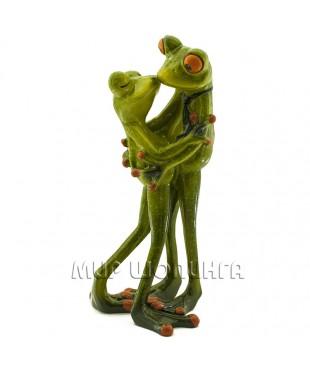 Лягушки (поцелуй) 18*8*8 см.
