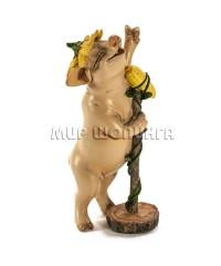 Свинья  с микрофоном (кукурузой) 9*4*4 см.