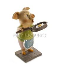 Свинья со сковородкой 10,5*6*7 см.