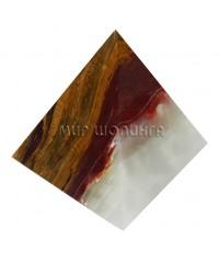 Пирамида из оникса 6,5 см.