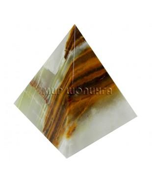 Пирамида из оникса 5 см.