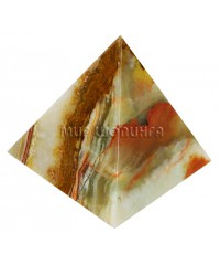 Пирамида из оникса 8 см.