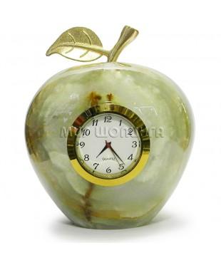 Яблоко из оникса с часами 12*10 см.